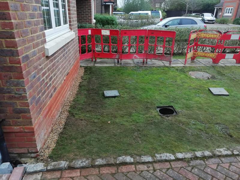 Domestic drainage installation
