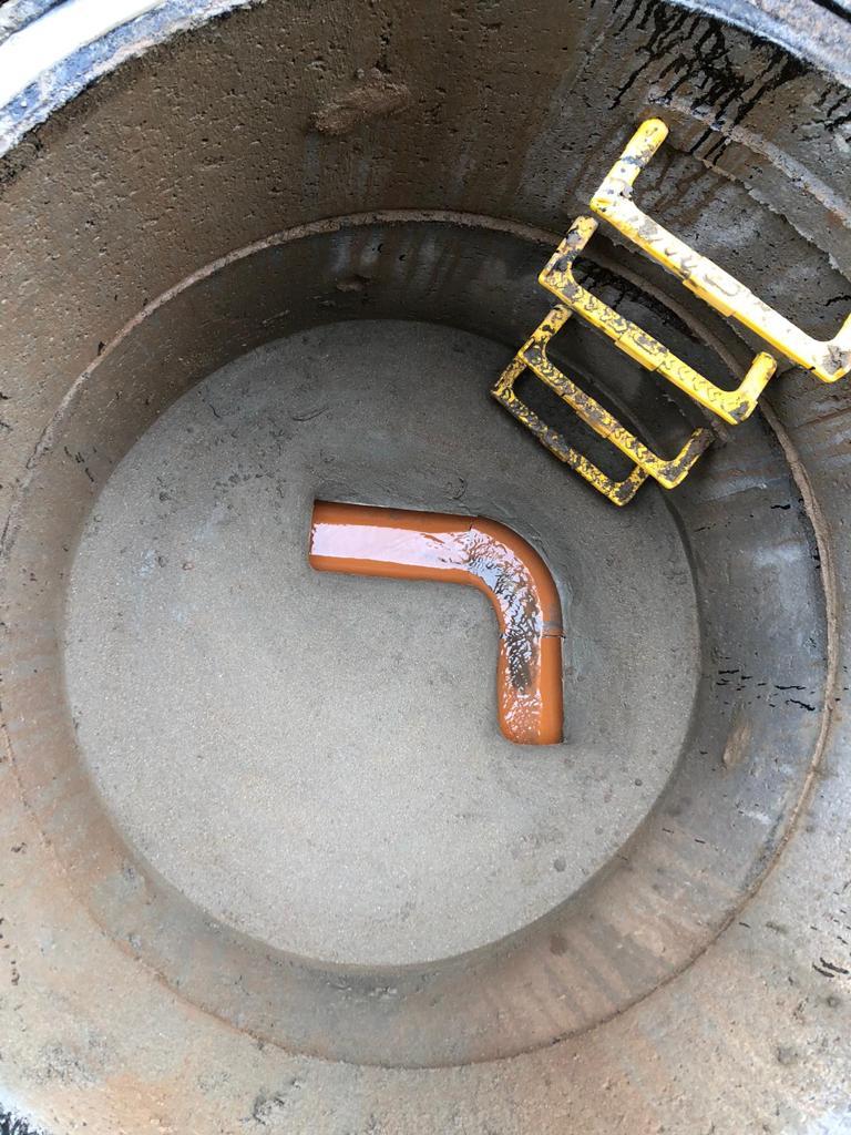 Installation of manhole chambers